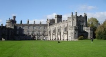Architectural outdoor guided tour of Kilkenny Castle