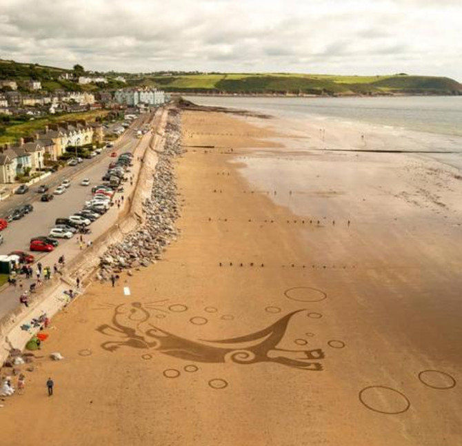 Otter Sand Art - Youghal Beach